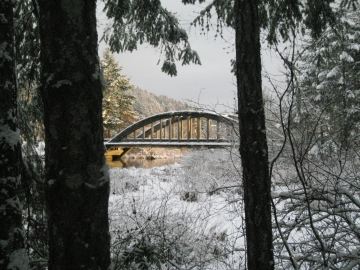 hama-hama-bridge-in-snow1